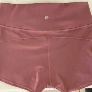 Lululemon Athltica shorts (2)